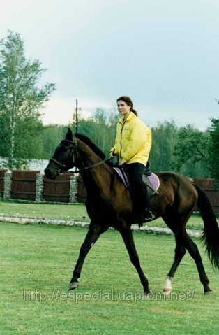 покататься на лошадях в Санкт-Петербурге