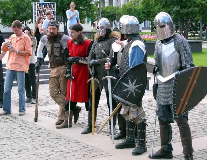 Где можно участвовать в ролевых представлениях в Петербурге?