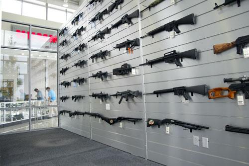 Где находятся оружейные магазины в Санкт-Петербурге?