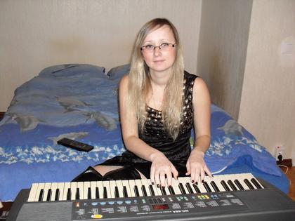 Играть на синтезаторе в Санкт-Петербурге - Музыкальные школы Санкт-Петербурга