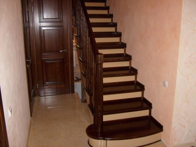 Где в Санкт-Петербурге купить лестницу?