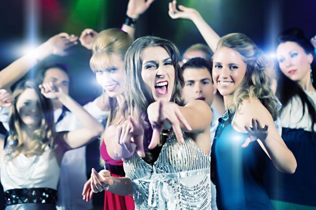 Какая дискотека в Санкт-Петербурге самая многочисленная?