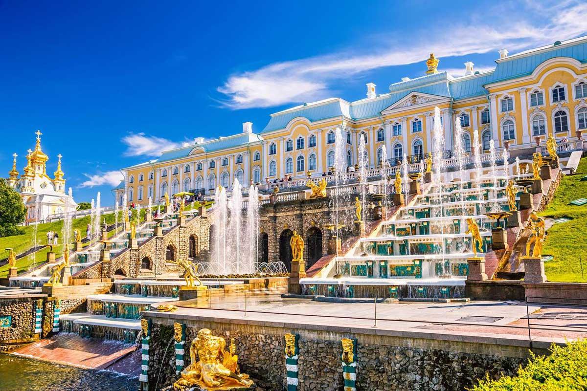 Обзор памятных мест в Санкт-Петербурге