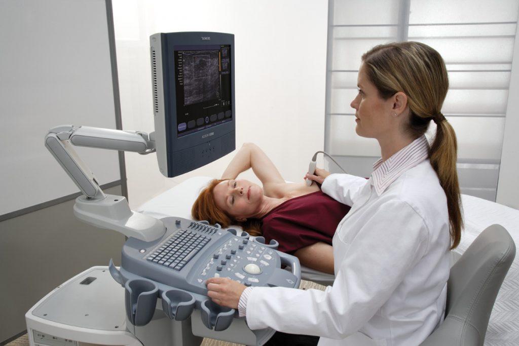 Где делают  УЗИ молочных желез и маммографию в Санкт-Петербурге